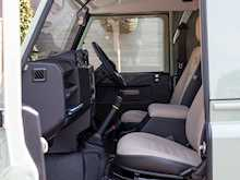 Land Rover Defender 90 Heritage Hard Top - Thumb 12