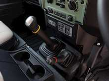 Land Rover Defender 90 Heritage Hard Top - Thumb 16