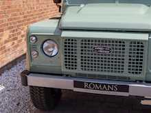 Land Rover Defender 90 Heritage Hard Top - Thumb 18