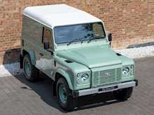 Land Rover Defender 90 Heritage Hard Top - Thumb 7