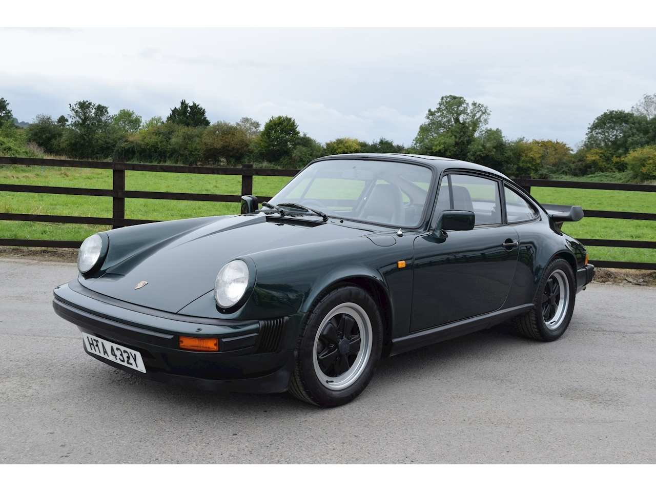Porsche 911 911 3.0 2dr Coupe Manual Petrol