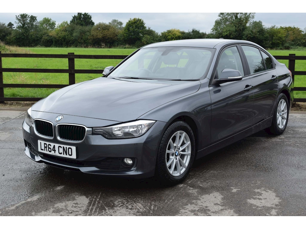BMW 3 Series 320D Efficientdynamics Business Saloon 2.0 Manual Diesel