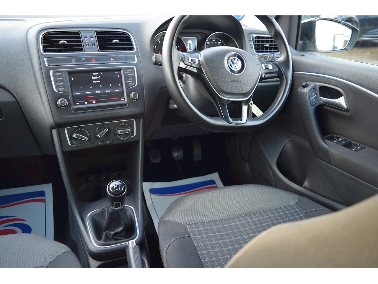 Volkswagen Polo Match Hatchback 1.0 Manual Petrol