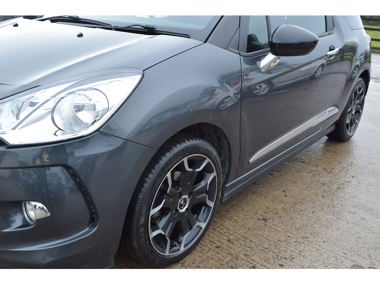 Ds Ds 3 Bluehdi Dstyle S/S Hatchback 1.6 Manual Diesel