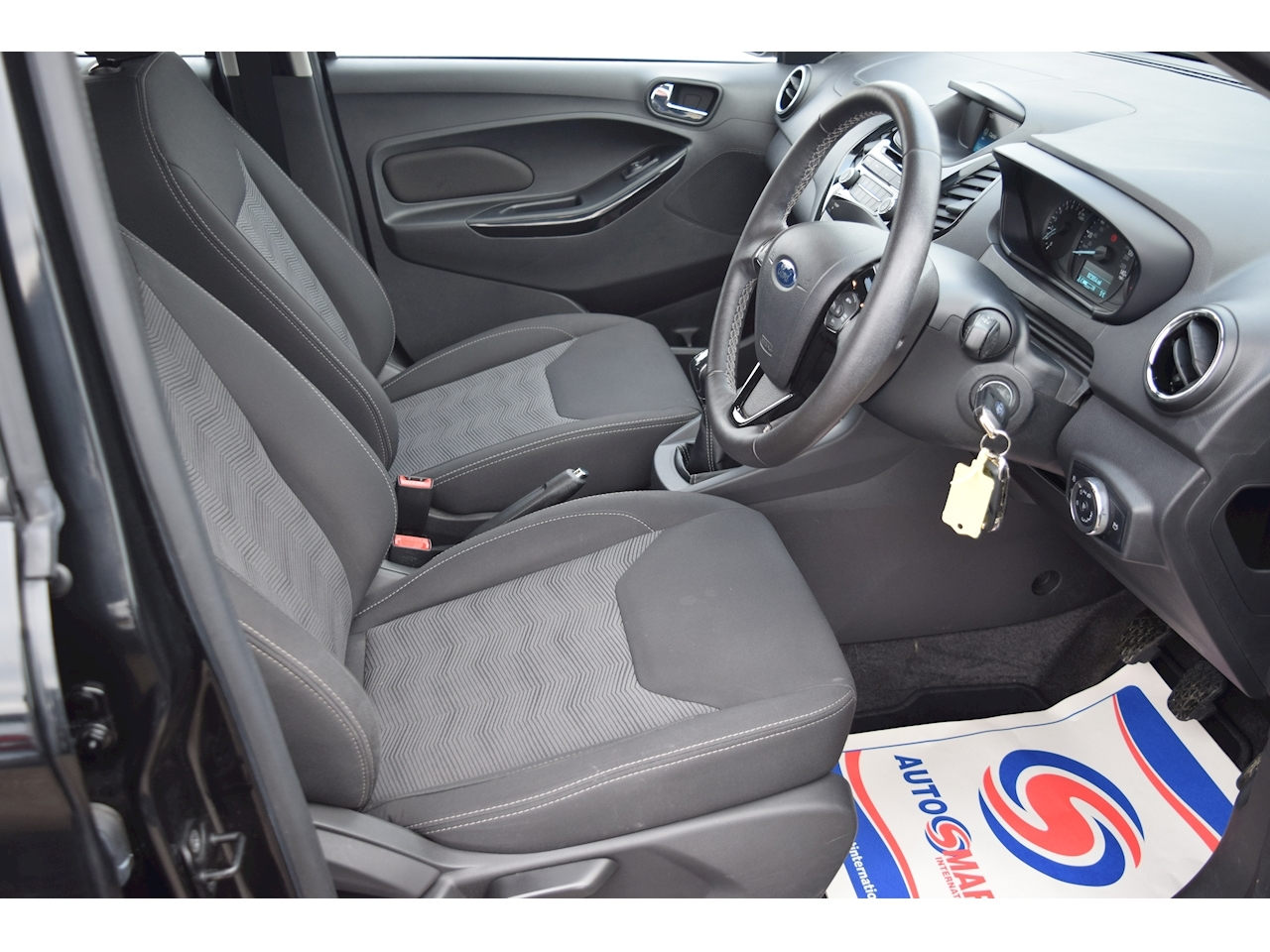 Ford Ka+ Zetec Hatchback 1.2 Manual Petrol