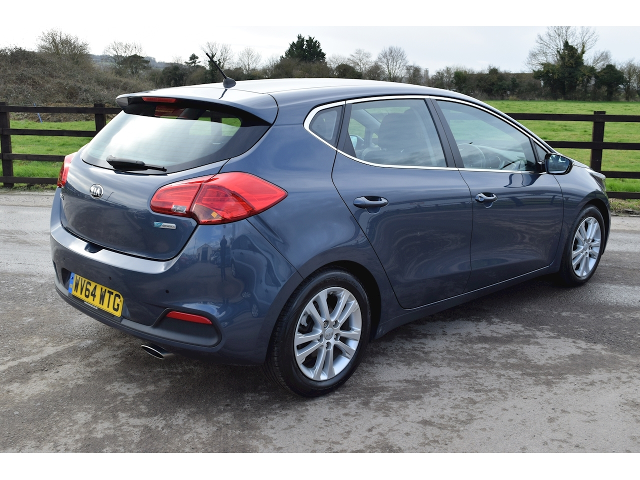 Kia Ceed Crdi 2 Ecodynamics Hatchback 1.6 Manual Diesel