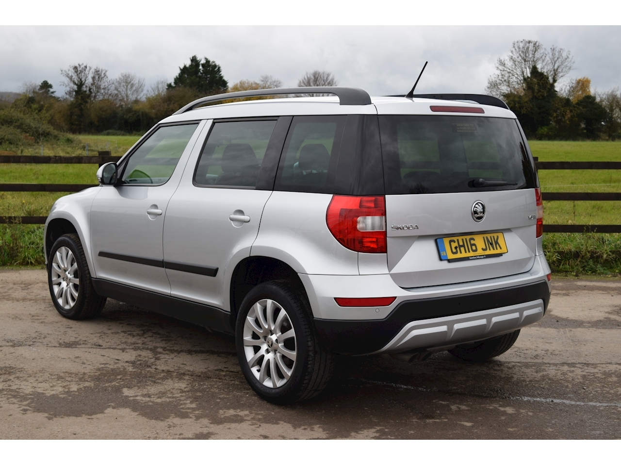 SKODA Yeti SE Business Outdoor 2.0 Manual Diesel