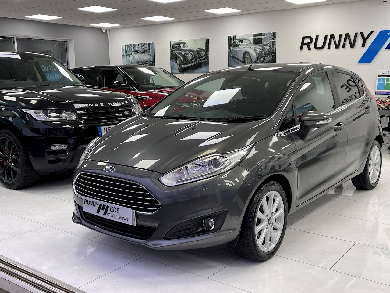 Fiesta Titanium Hatchback 1.0 Manual Petrol