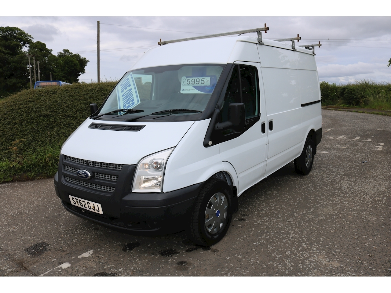 Transit 350 P/V Panel Van 2.2 Manual Diesel