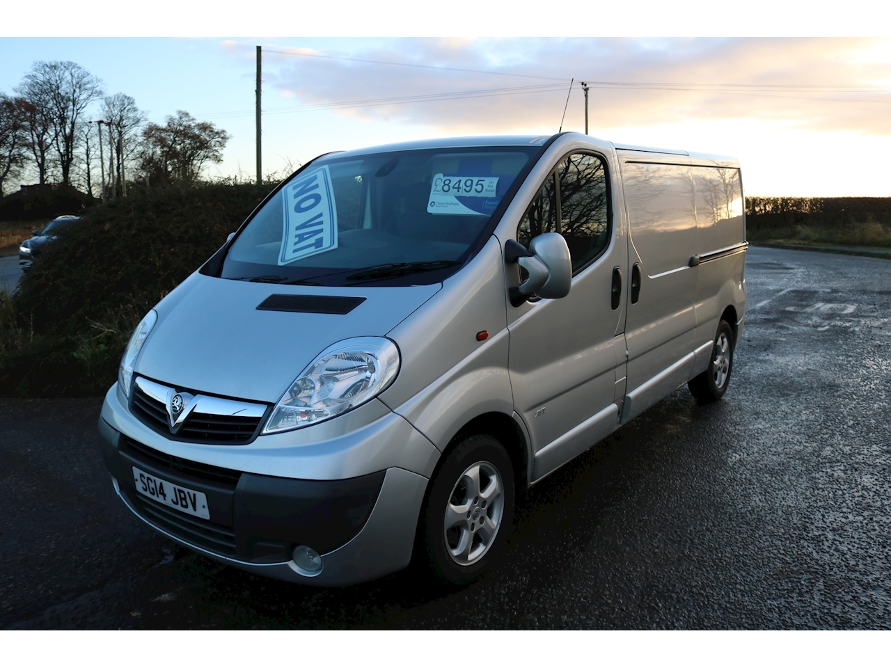 Vivaro Sportive 2900 Panel Van 2.0 Manual Diesel