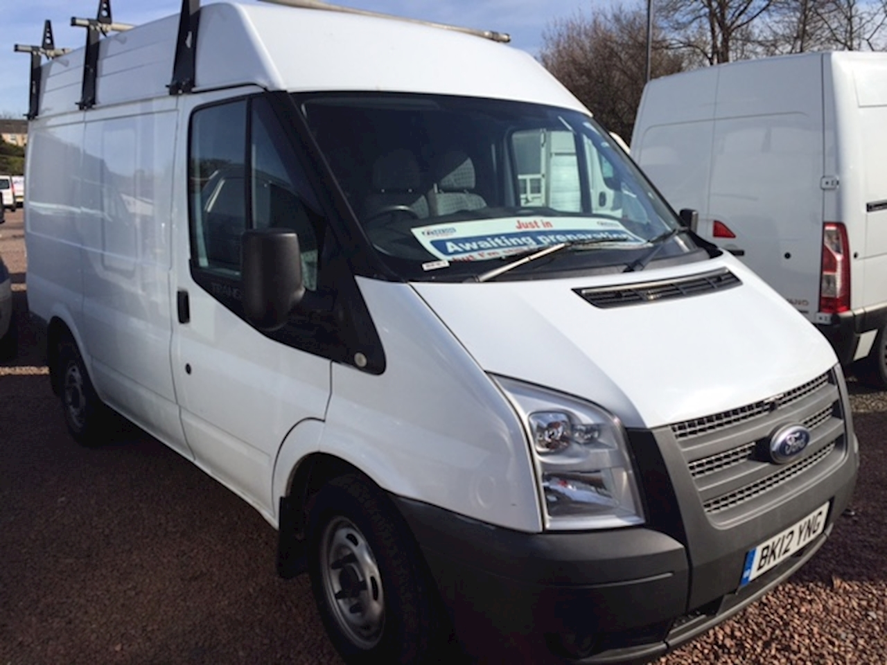 Ford Transit 300 SWB Medium roof only 24000 miles - just in 2.2 Panel Van Manual Diesel
