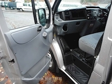 Ford Transit Transit T330 SWB 125ps/6 speed, with AC & rear racking system etc - Thumb 33