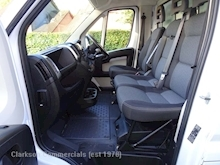 Fiat Ducato 35 Maxi 2.2 MultiJet LWB high sided with taillift & secure storage - Thumb 9