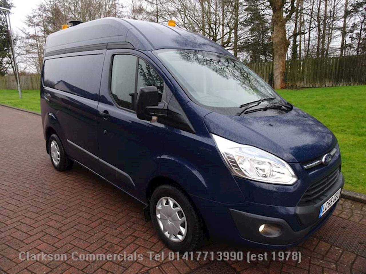 Ford Transit Custom 310 Trend L1H2 just 13000 miles 2.2 Panel Van Manual Diesel
