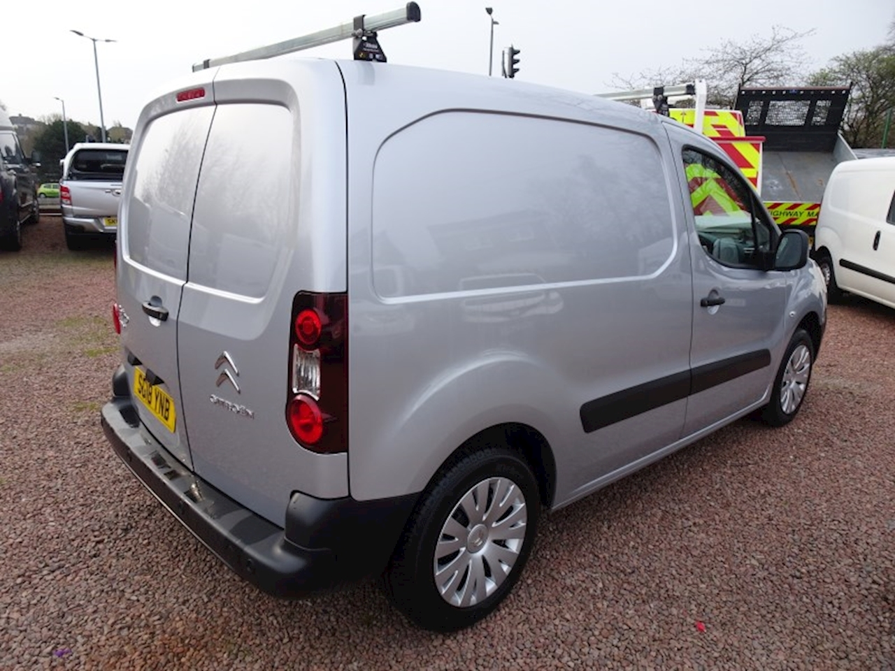 Berlingo 625 Enterprise L1 Bluehdi Panel Van 1.6 Manual Diesel
