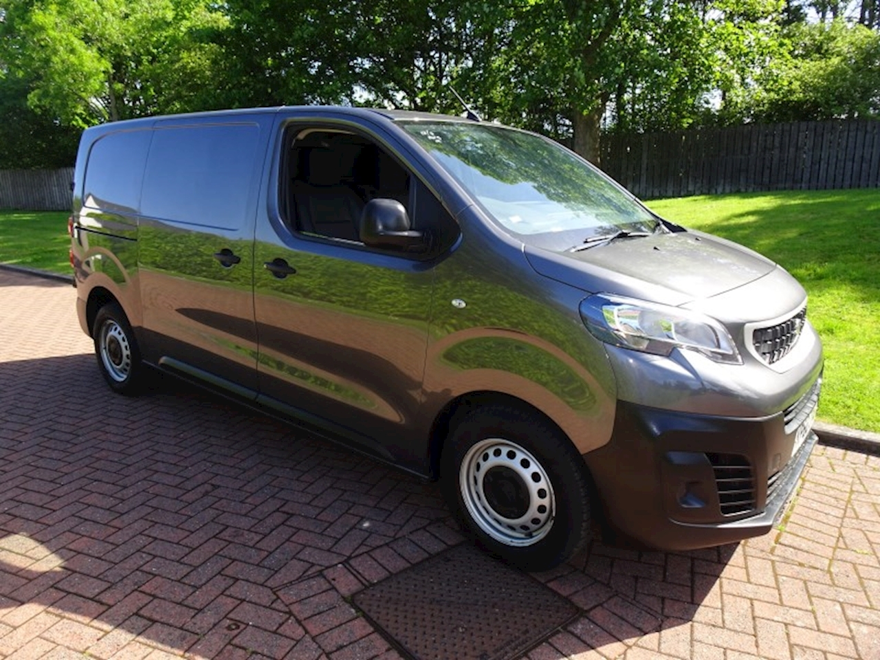 Peugeot Expert Blue Hdi Professional L1H1 2.0 Panel Van Manual Diesel
