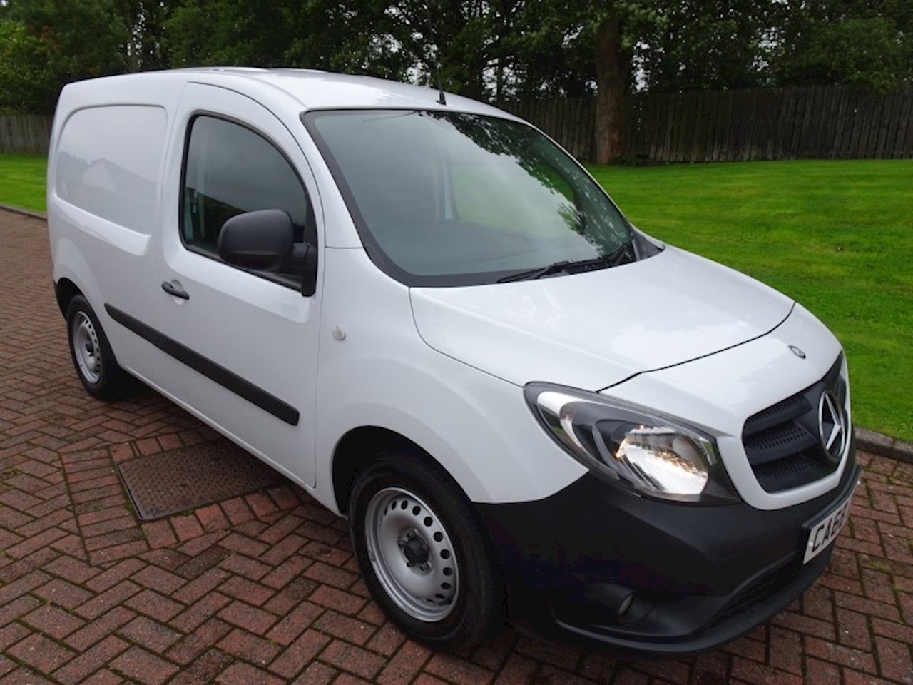 Mercedes-Benz Citan 1.5 109 CDi BlueEFFICIENCY Panel Van 5dr Diesel Manual  EU5 (s/s) (90 ps) 1.5 5dr Panel Van Manual Diesel