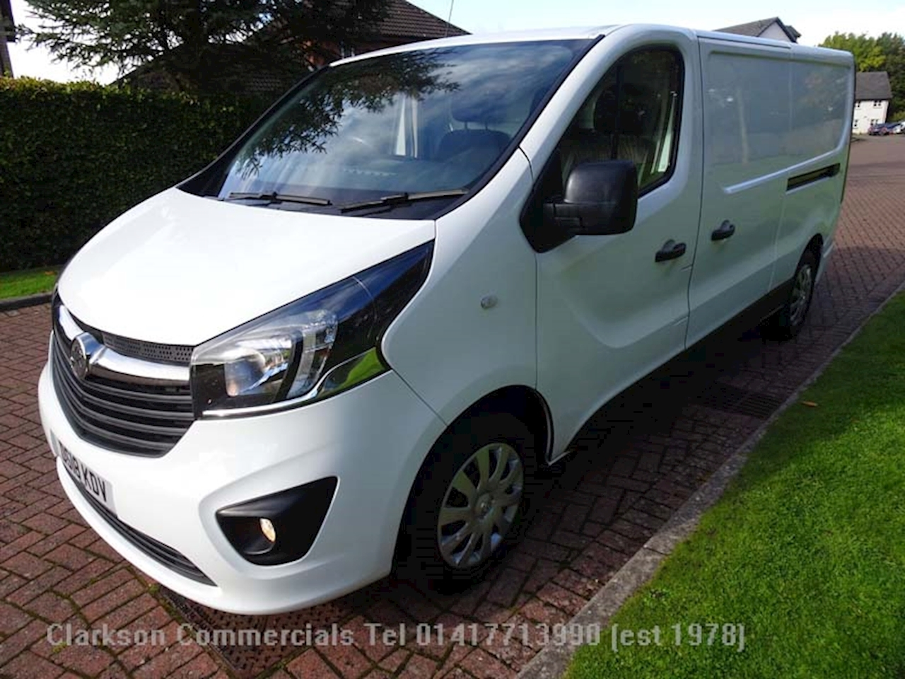 Vivaro 2900 Sportive L2 1.6 5dr Panel Van Manual Diesel