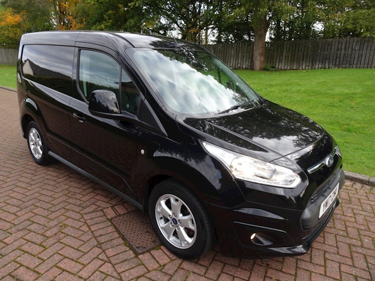 Ford Transit Connect Limited 1.5 5dr Panel Van Manual Diesel