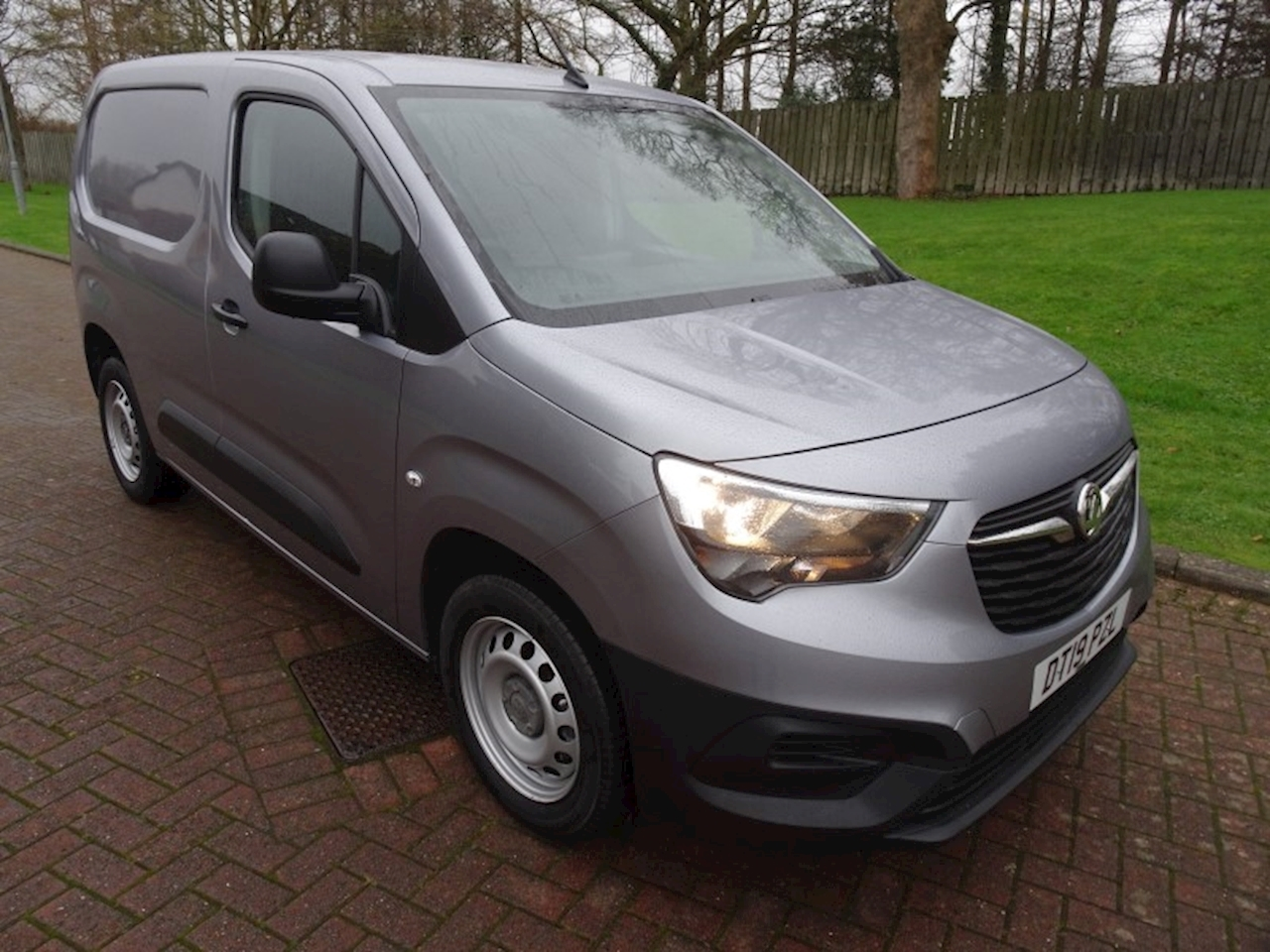 Vauxhall Combo 2300 1.6CDTi Edition 1.6 Panel Van Manual Diesel