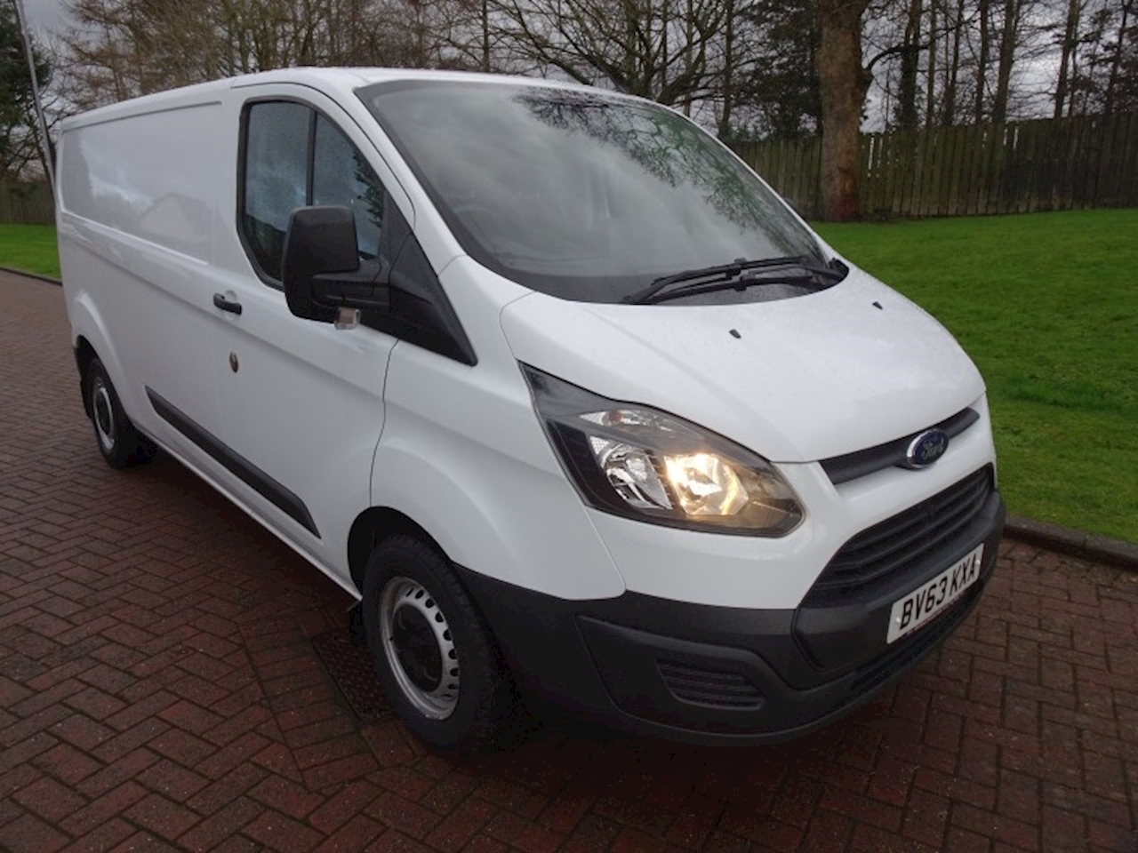 Ford Transit Custom 2.2 TDCi 290 ECOnetic Panel Van 5dr Diesel Manual L1 H2 (178 g/km, 98 bhp) Panel Van 2.2 Manual Diesel