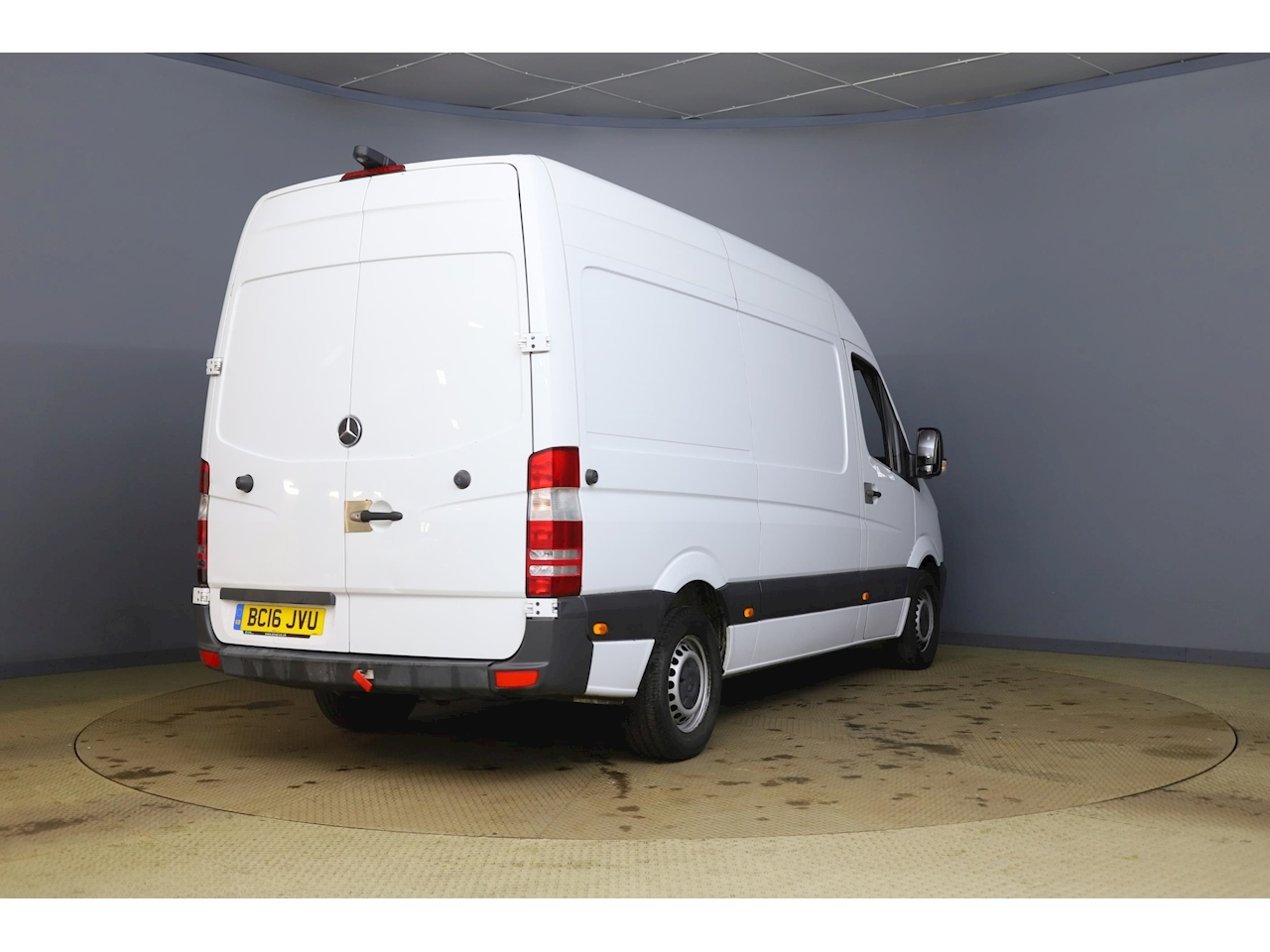Mercedes-Benz Sprinter 313CDi Medium wheelbase 2.1 4dr High Roof Panel Van Manual Diesel