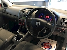 Volkswagen Golf - Thumb 13