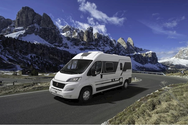 Adria Twin Plus 600 SPB Motorhome 2300 Manual Diesel