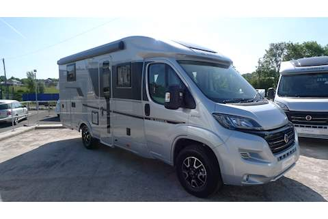 Compact Supreme DL Motorhome 2300 Automatic Diesel