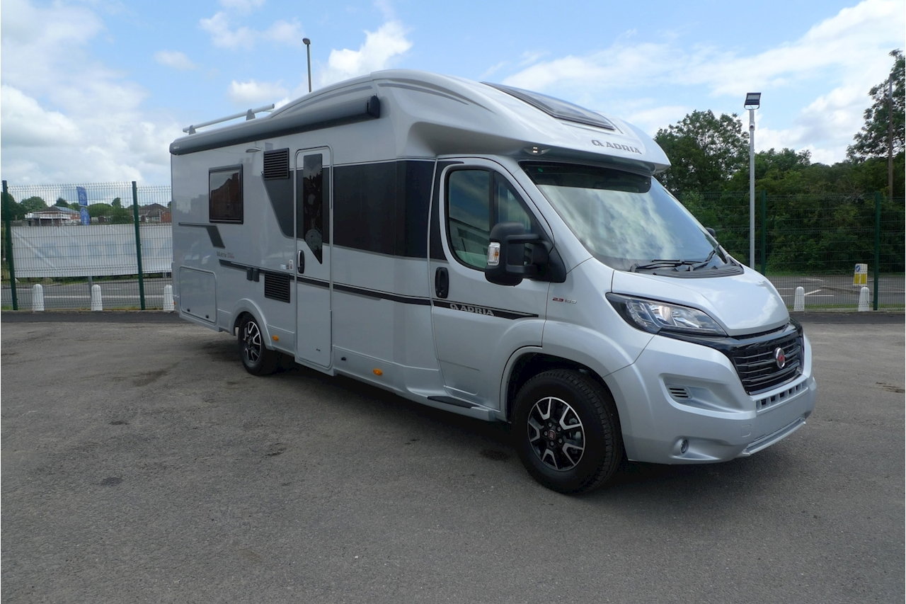 Matrix Supreme 670 SLT Motorhome 2300 Manual Diesel
