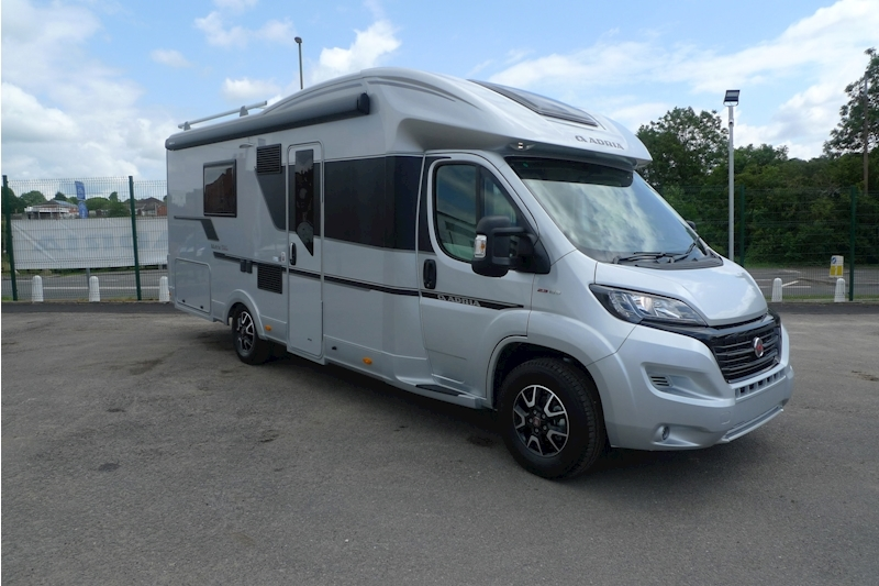 Adria Matrix Supreme 670 SLT Motorhome 2300 Manual Diesel