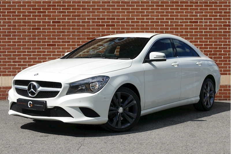 Mercedes-Benz Cla Cla 200 D Sport Saloon 2.1 Manual Diesel