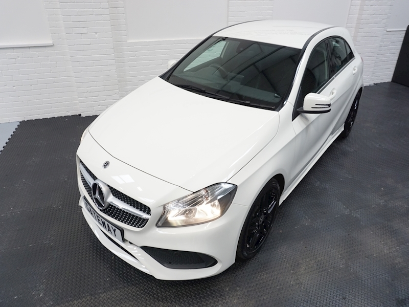 Mercedes A-Class A 180 D Amg Line Hatchback 1.5 Manual Diesel - Large 19