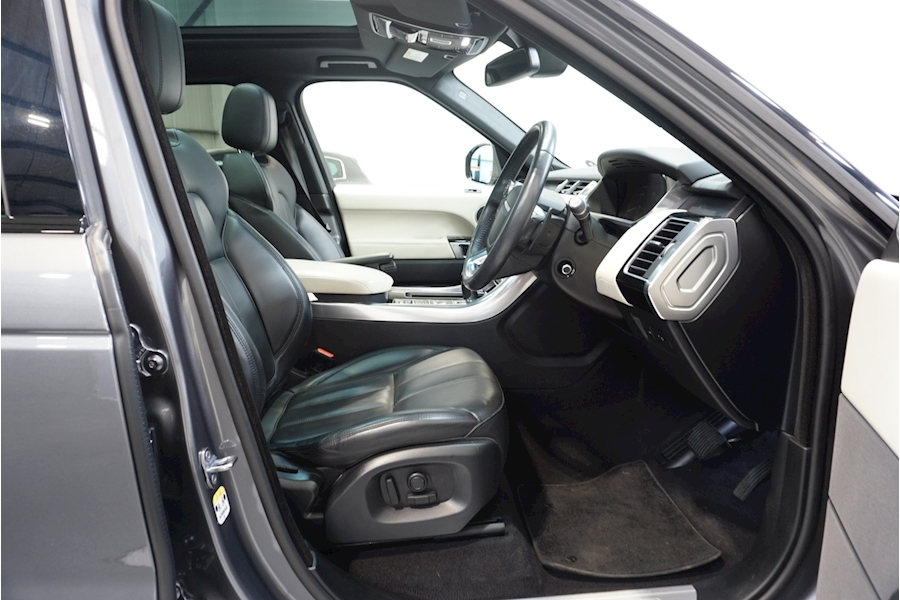 Land Rover Range Rover Sport Sdv6 Hse Estate 3.0 Automatic Diesel - Large 27