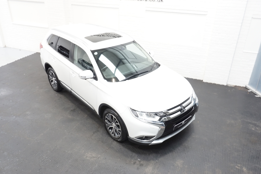 Mitsubishi Outlander Di-D 4 Estate 2.3 Automatic Diesel - Large 7