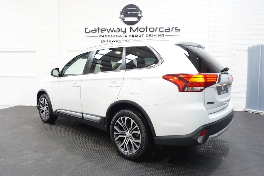 Mitsubishi Outlander Di-D 4 Estate 2.3 Automatic Diesel - Large 14