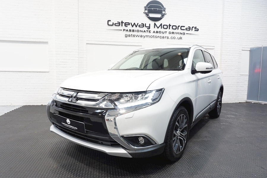 Mitsubishi Outlander Di-D 4 Estate 2.3 Automatic Diesel - Large 18