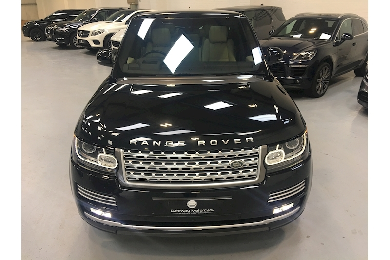 Land Rover Range Rover Tdv6 Autobiography Estate 3.0 Automatic Diesel - Large 4