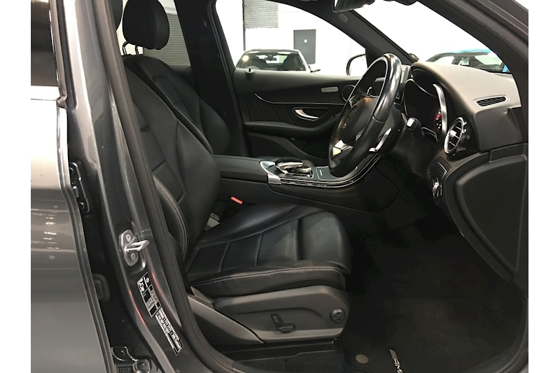 Mercedes-Benz Glc-Class Glc 250 D 4Matic Amg Line Estate 2.1 Automatic Diesel - Large 21