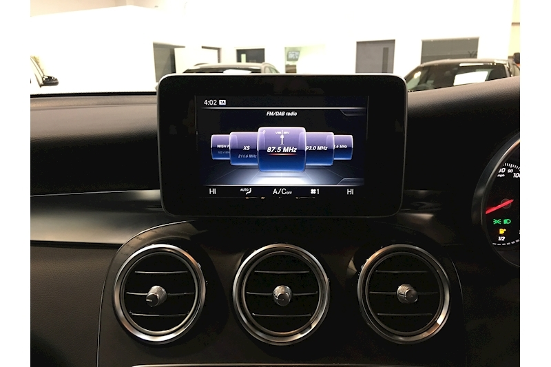 Mercedes-Benz Glc-Class Glc 250 D 4Matic Amg Line Estate 2.1 Automatic Diesel - Large 28