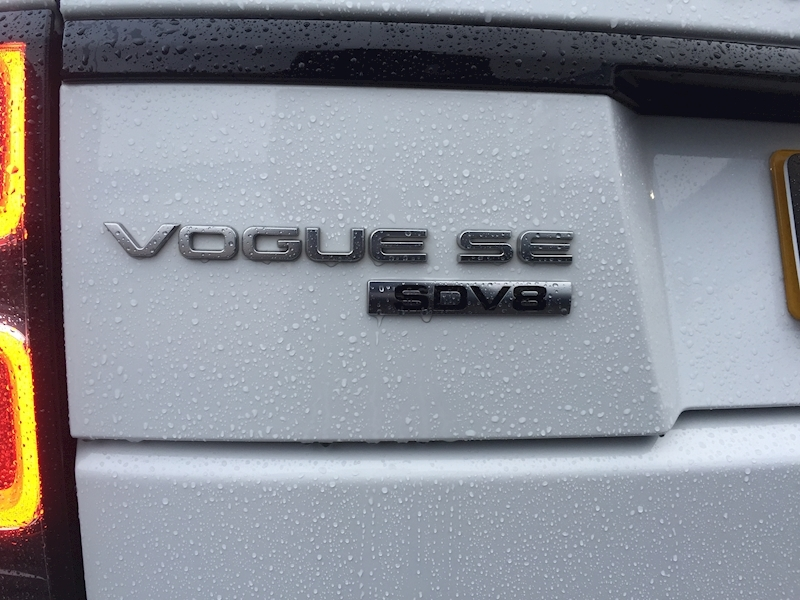 Land Rover Range Rover 4.4 SD V8 Vogue SE Auto 4WD (s/s) 5dr - Large 14