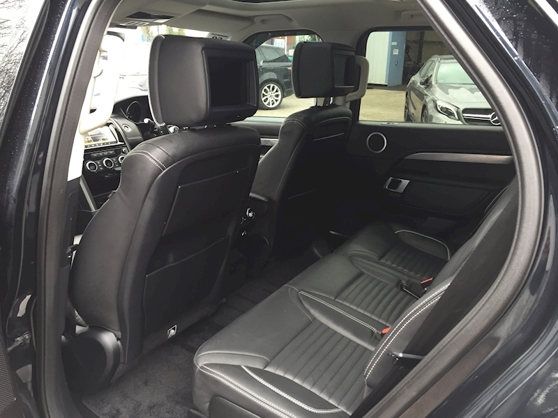 Land Rover Discovery First Edition 3 5dr SUV Auto Diesel - Large 21