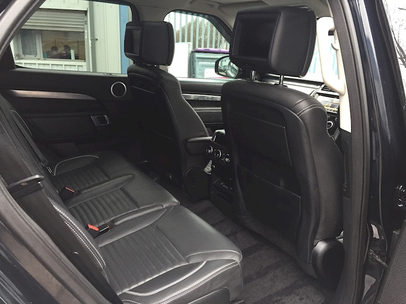 Land Rover Discovery First Edition 3 5dr SUV Auto Diesel - Large 25