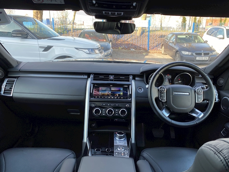Land Rover Discovery HSE Luxury 3 5dr SUV Auto Diesel - Large 45