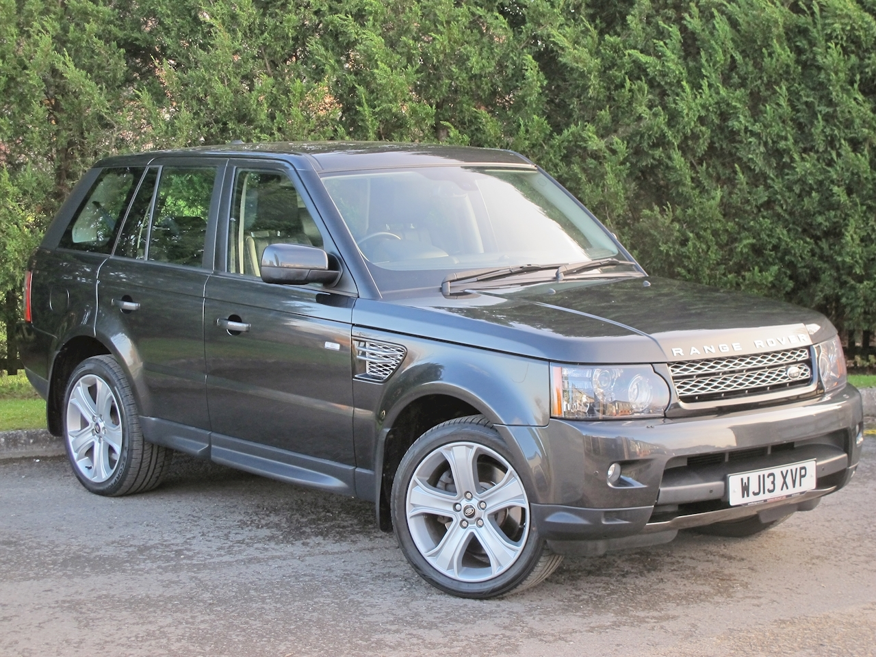 Land Rover Range Rover Sport Sdv6 Hse Black Estate 3.0 Automatic Diesel