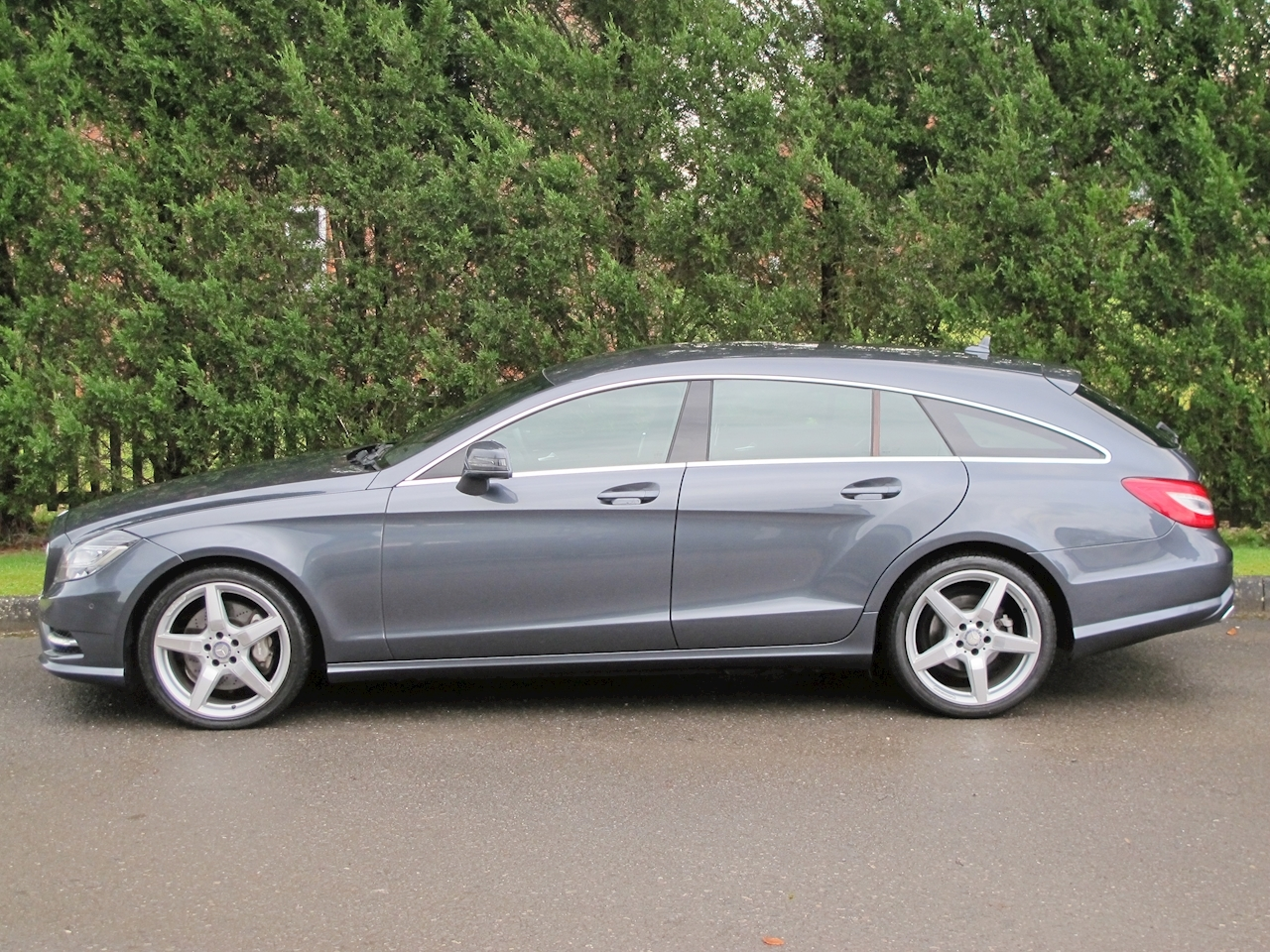 Mercedes-Benz Cls Cls350 Cdi Blueefficiency Amg Sport Estate 3.0 Automatic Diesel
