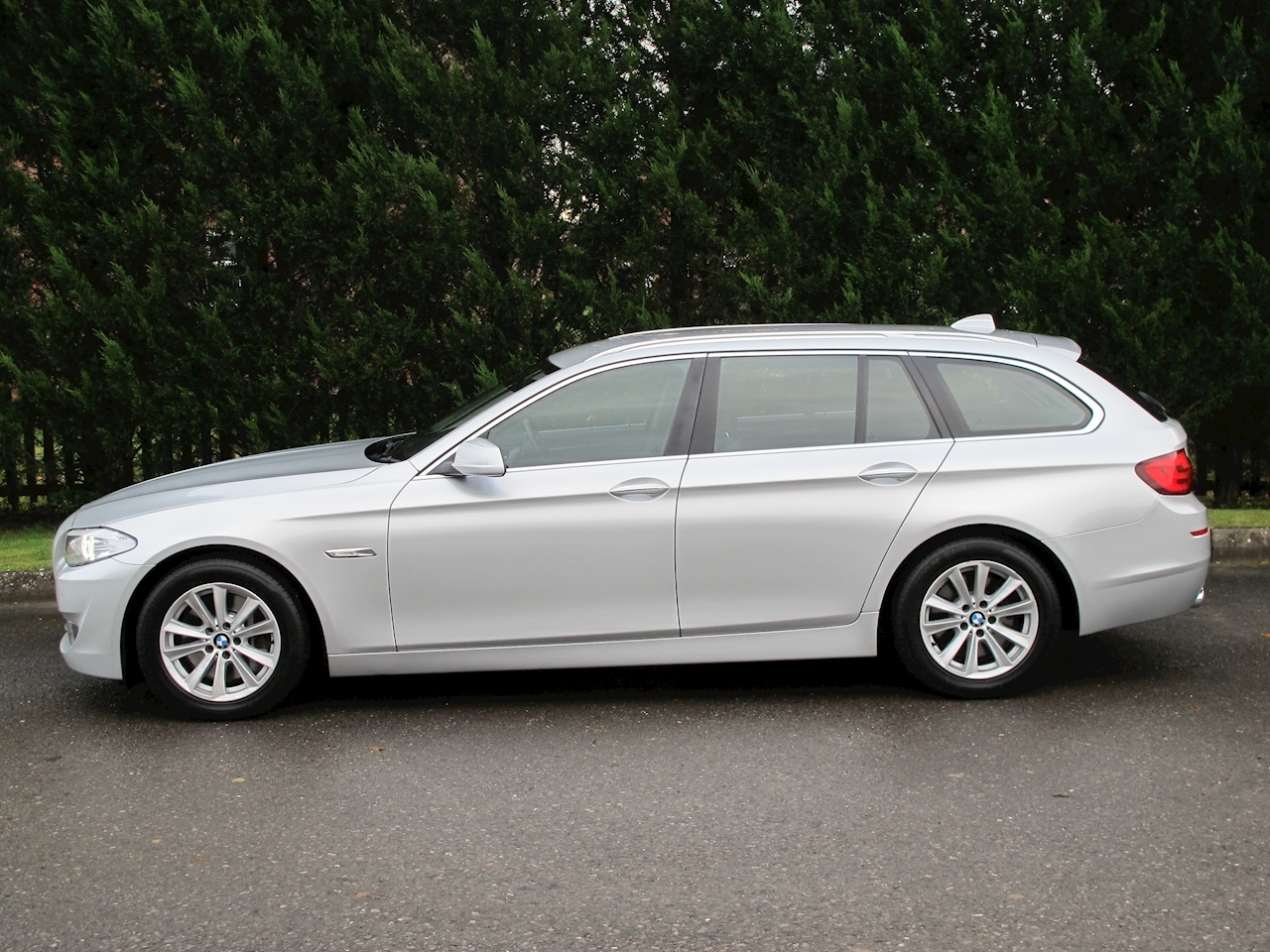 BMW 5 Series 530d SE Touring Automatic Diesel