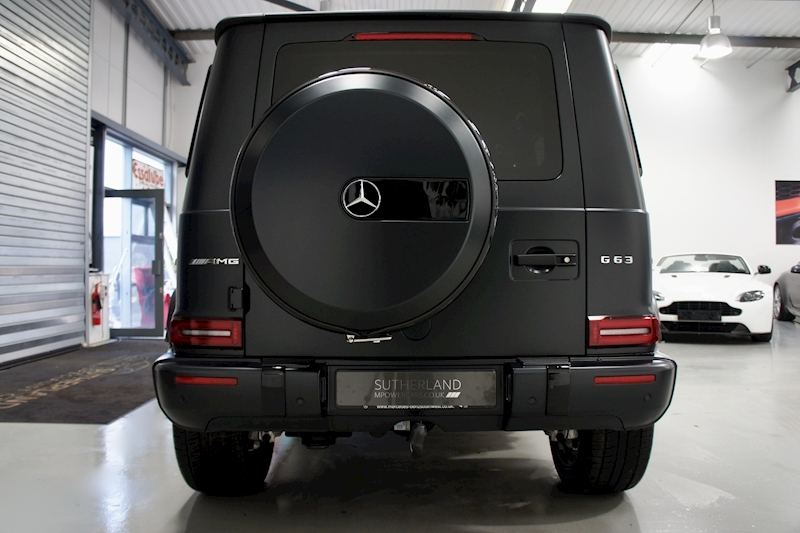Mercedes-Benz G Wagon - Large 16