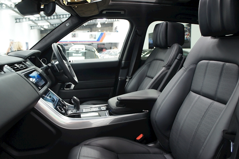 Land Rover Range Rover Sport - Large 32