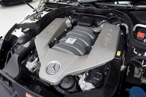 Mercedes-Benz C63 - Large 27